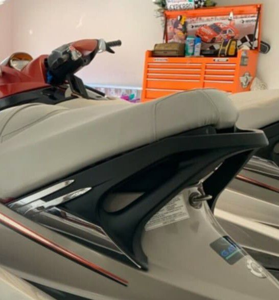 Photo THIS OFFER IS FOR YOU! I SELL MY PERFECT 2005 SEADOO RXT JET SKIS!