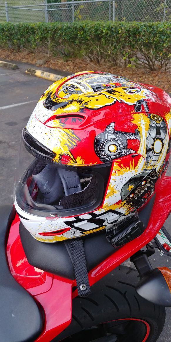 228245c8 Icon Airmada Helmet for Sale in Tampa, FL - OfferUp