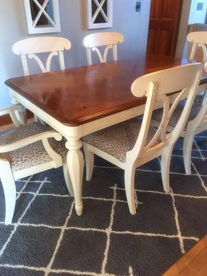 Dining table , chairs, console for Sale in Hartville, OH