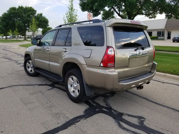 2007 toyota 4runner sr5 4 0l v6 awd for sale in naperville. Black Bedroom Furniture Sets. Home Design Ideas