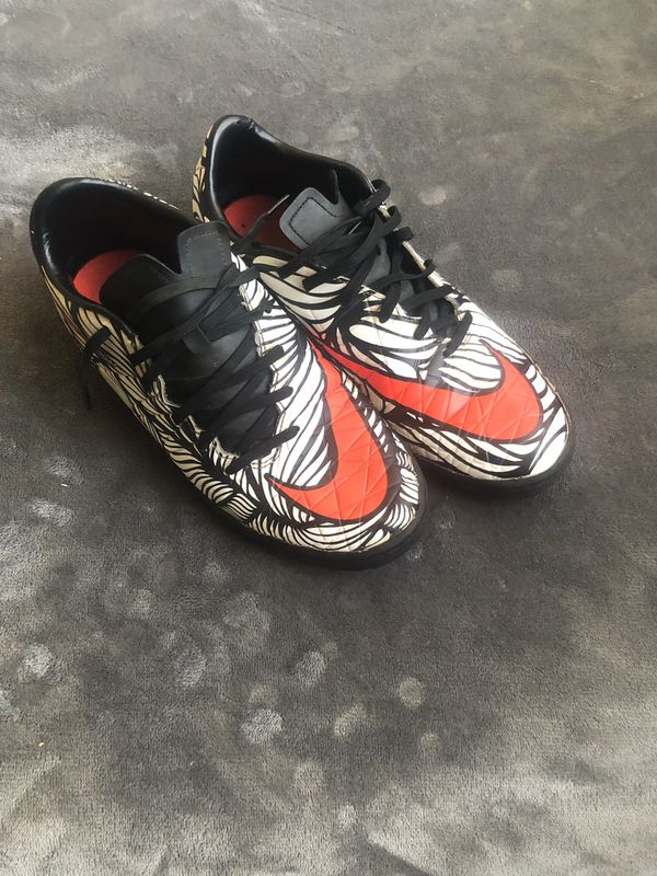 3ae69ad6919 Soccer indoor shoes for Sale in San Diego