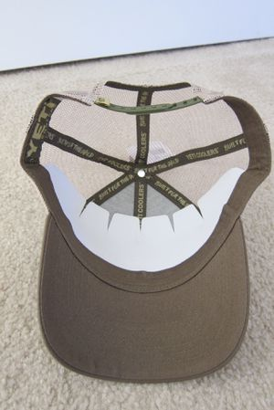 c7ea776605f Yeti Cooler Olive Green Embroidered Adjustable Snapback Mesh Trucker Hat  Cap NWOT for Sale in UNIVERSITY PA