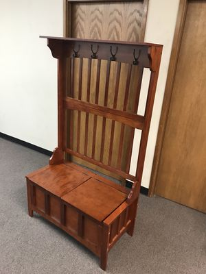 Linon Hall Tree with Storage Bench for Sale in Auburn, WA