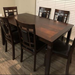 Brand new dining table with 6 chairs for Sale in Silver Spring, MD