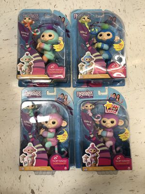 Fingerlings bff collection danny, Billie, Ashley and violet for Sale in Winter Garden, FL