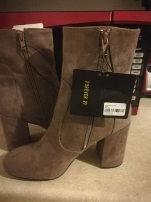 ac877ee6924 New and Used Boots women for Sale in Yuma, AZ - OfferUp