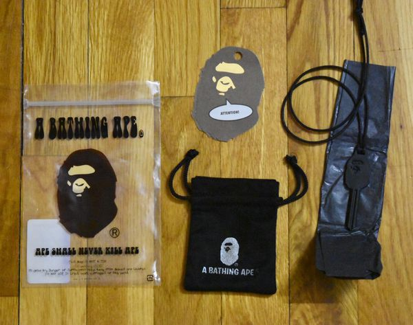 e6a9e26dfb50 Bape Ape Head Key Supreme Off White for Sale in New York