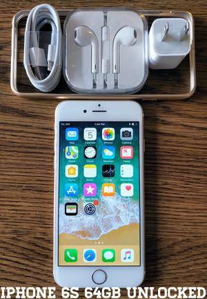 Gold Iphone 6S UNLOCKED 64GB + Accessories for Sale in Lincolnia, VA