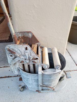 Antique galvanized mop bucket for Sale in Milton, WA