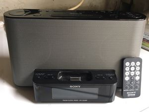 Sony clock radio speaker with iPod classic dock for Sale in Los Angeles, CA