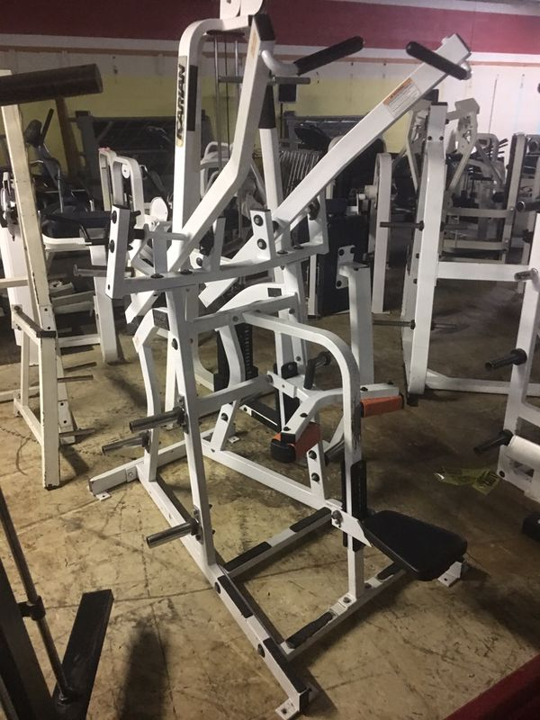 Hammer Strength Hi Row for Sale in Bellaire, TX - OfferUp