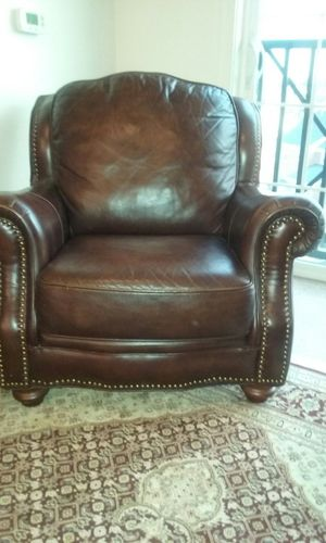 2 Leather Chairs for Sale in Woodbridge, VA