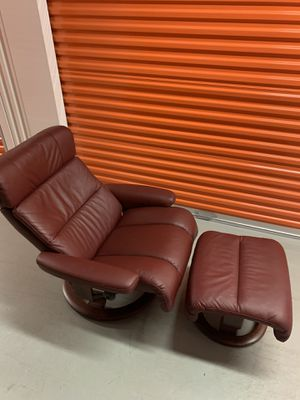 Prime New And Used Recliner For Sale In Clayton Mo Offerup Creativecarmelina Interior Chair Design Creativecarmelinacom