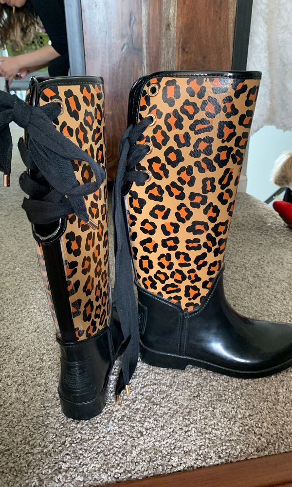 2b7a3b661 New and Used Coach boots for Sale in Bolingbrook, IL - OfferUp