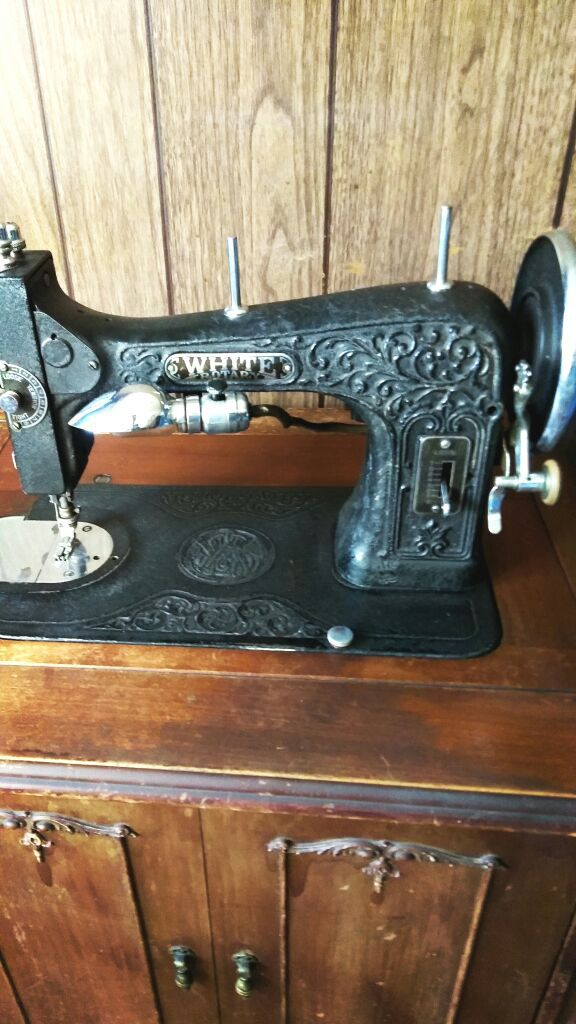 40 WHITE ROTARY Vintage Sewing Machine For Sale In San Jose CA Extraordinary 1927 White Rotary Sewing Machine