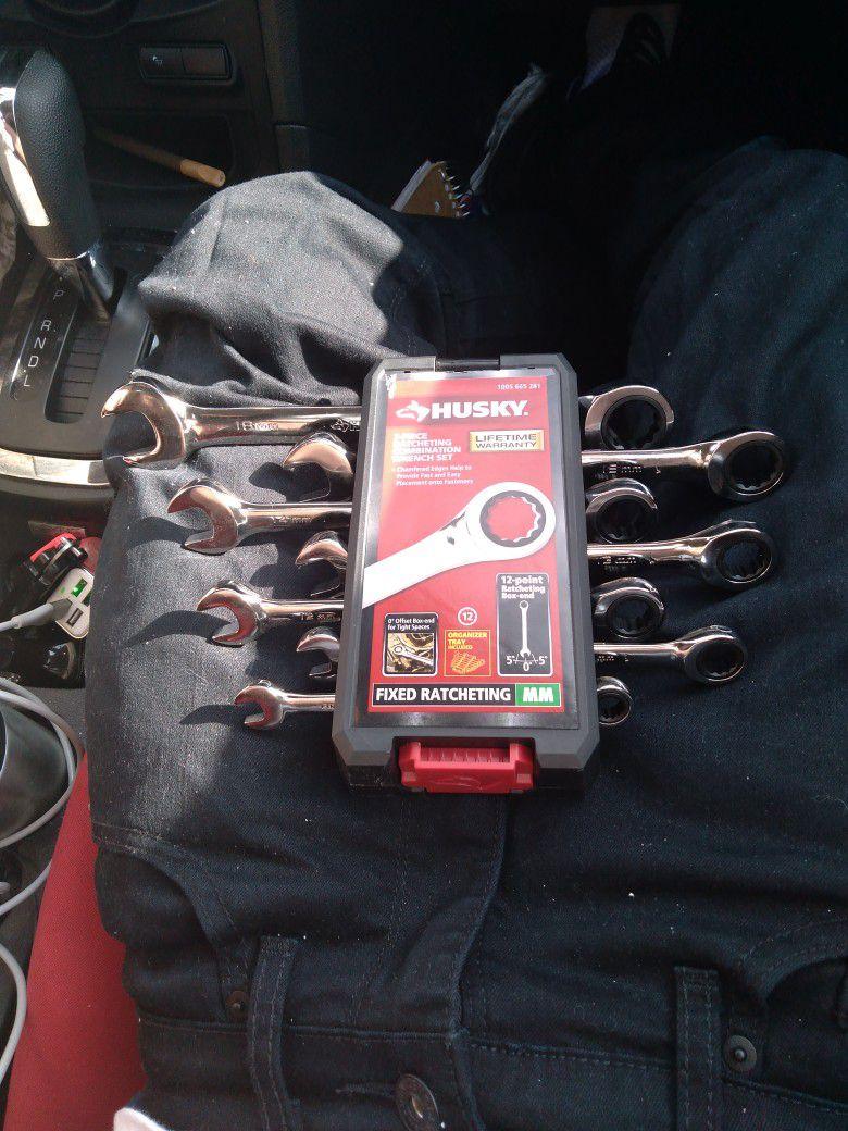 Husky 7 Piece Ratchet Combination Wrench Set