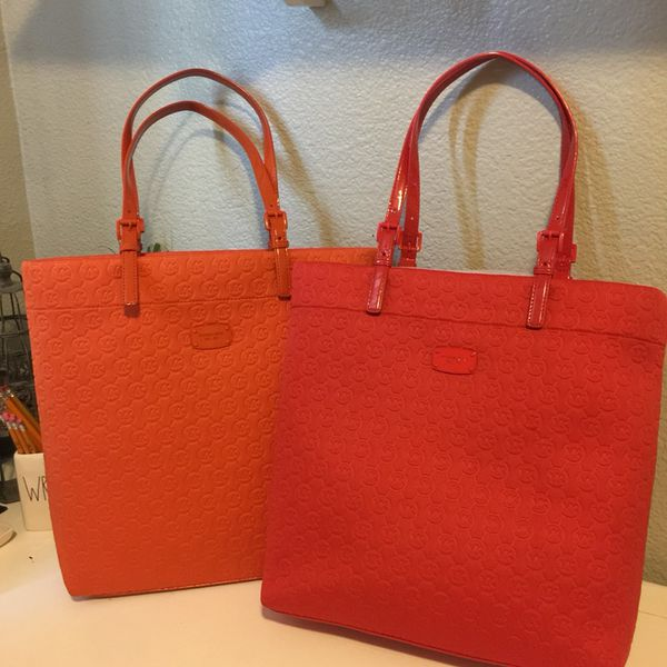 703b0f56004e NWT Michael Kors MK Tote Bag Purse for Sale in Turlock, CA - OfferUp