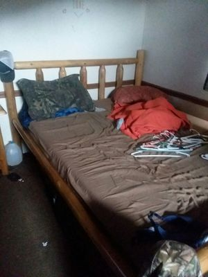 Queen bedroom suite with adjustable bed for Sale in Keysville, VA