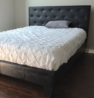 New Black Tufted Pattern Queen Bed for Sale in Washington, DC