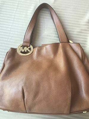 Michael Kors purse for Sale in Phoenix, AZ
