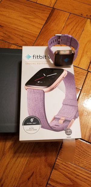 Fitbit versa special edition for Sale in Arlington, VA
