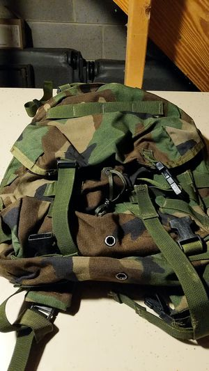 Medium size military backpack for Sale in Montgomery Village, MD