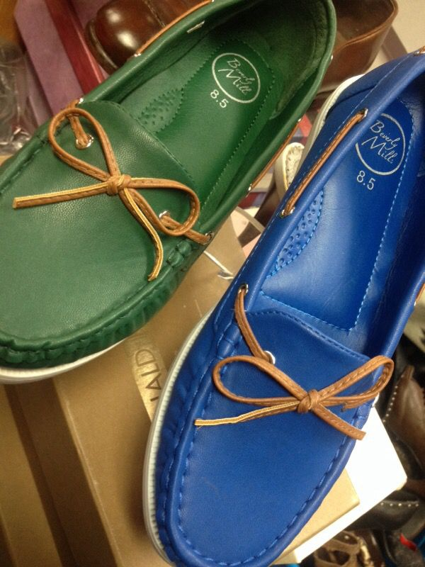 Cute shoes all sizes available blue and green colors available