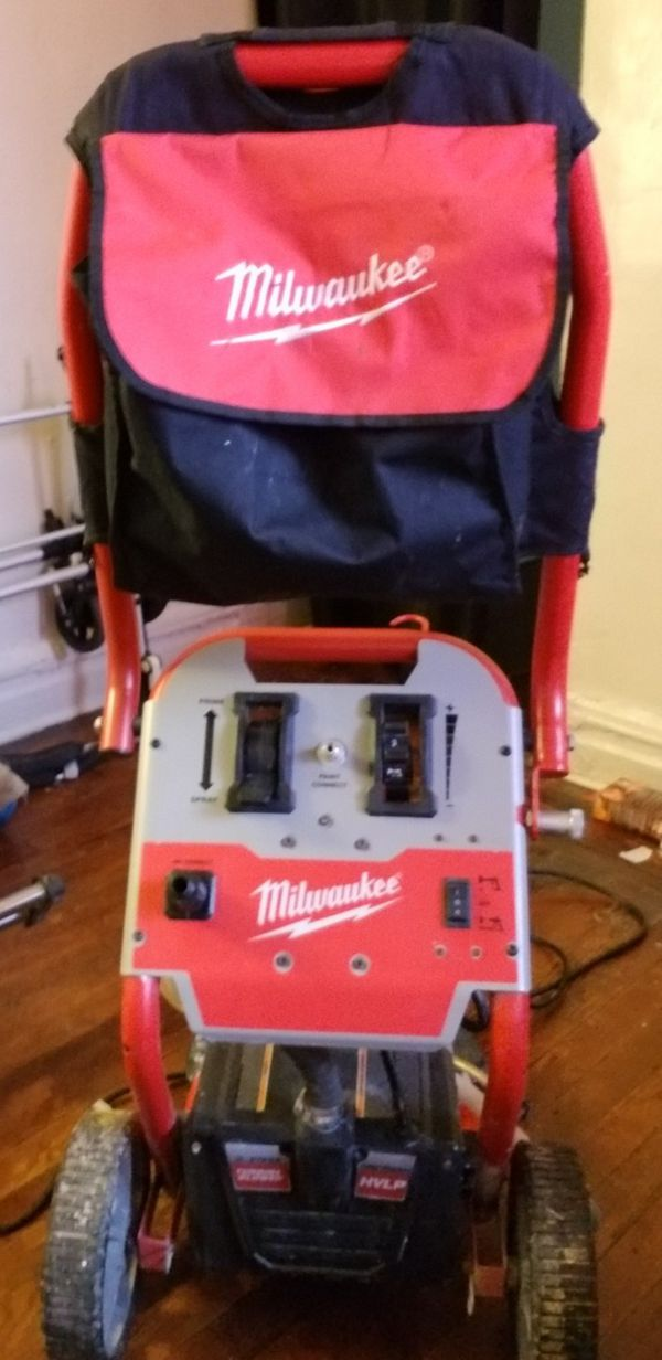 Milwaukee M4910 21 Airless Paint Sprayer For Sale In Bronx