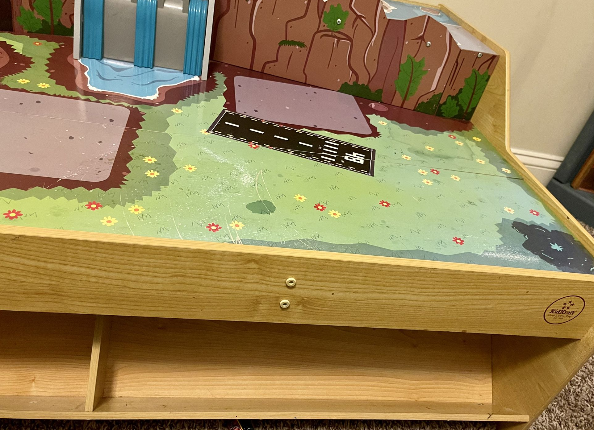 Train Table - 2 Levels With Storage On Bottom