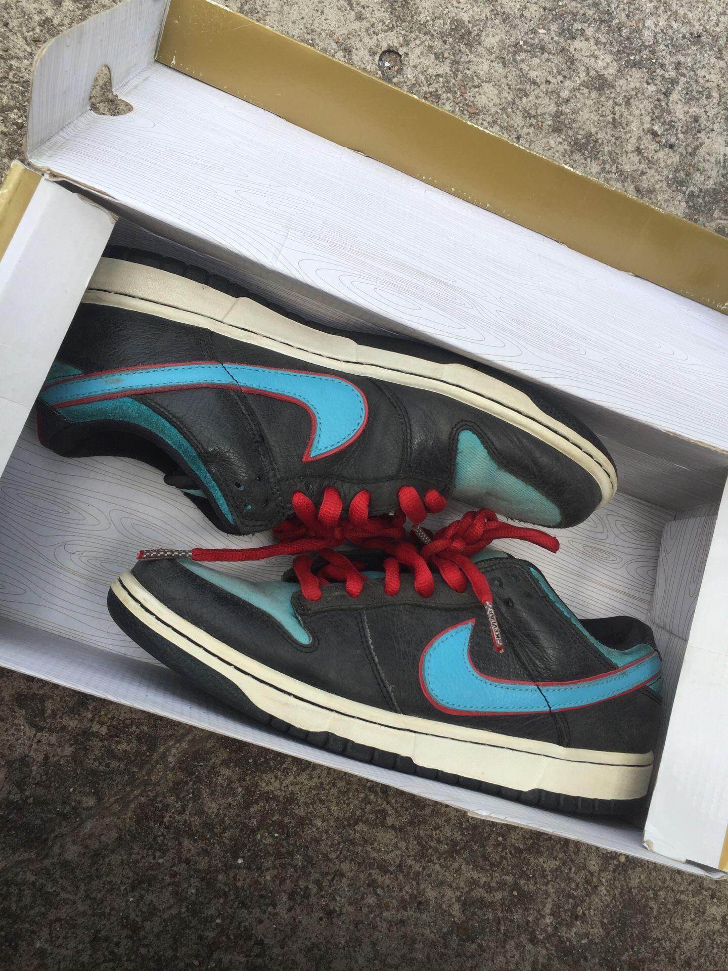 Nike angels & demons sbs size 7
