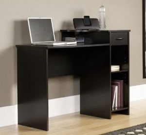 Photo Brand new/Mainstays Student Desk, Black