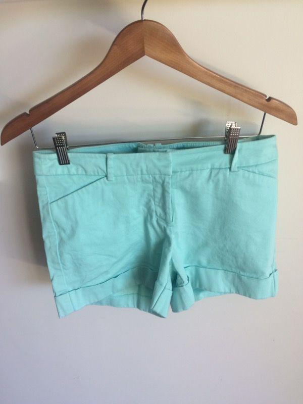 Women's Mint Shorts - Size 8
