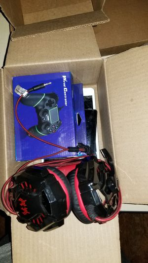 Controllers headset, iPad, tablet for Sale in Newark, NJ