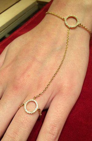 Super Sexy Wristlet ring chain for Sale in Orlando, FL