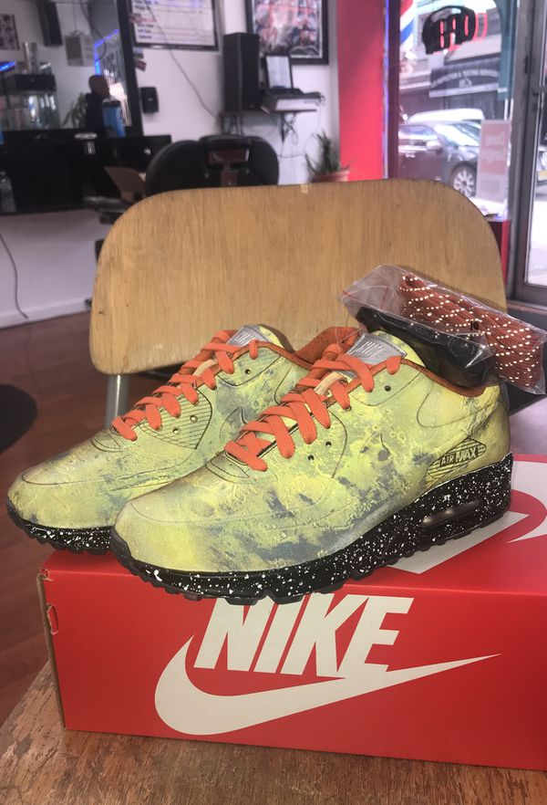 Nike air max 90 landing mars M US size 7 W8.5 for Sale in Queens ad941f5bf12