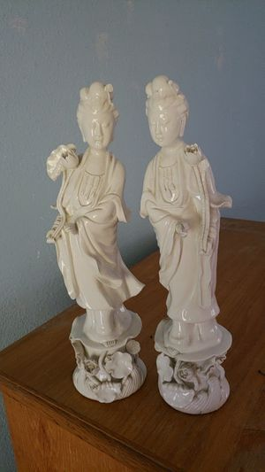 Collectible porcelain Japanese statues for Sale in North Fort Myers, FL