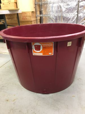 Very large Imported Italian tub for Sale in Olney, MD