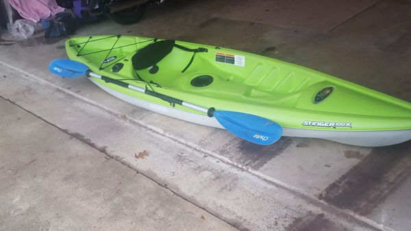 Pelican stinger 100x(10 ft kayak) for Sale in Glenn Heights, TX - OfferUp