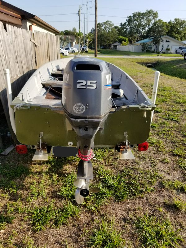14 Foot Jon Boat With 25 Hp Yamaha Outboard Motor 4 Stroke