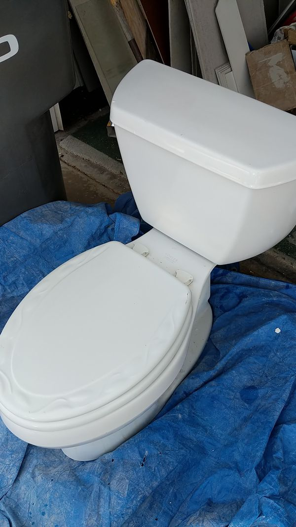 Free Kohler toilet for Sale in Carlsbad, CA - OfferUp