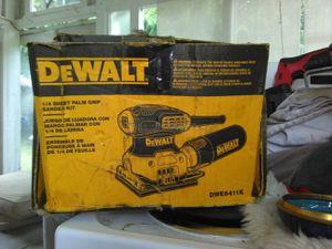 DeWalt DWE6411K for Sale in Spanaway, WA