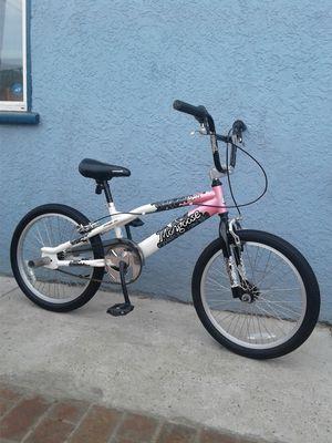 Photo Mongoose Freestyle Bike--20 Tires