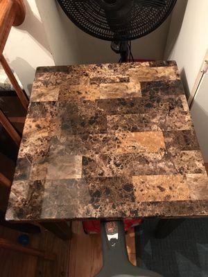 Merbel end table for Sale in Centreville, VA