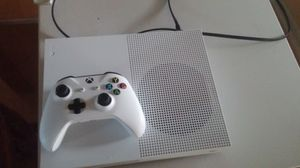Xbox One S w/controller for Sale in Loyola, CA