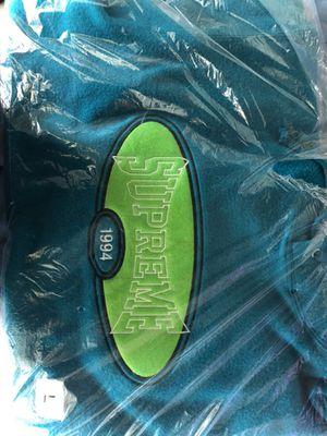 Supreme Reverse Fleece Hooded Sweatshirt (Size L) for Sale in San Diego, CA