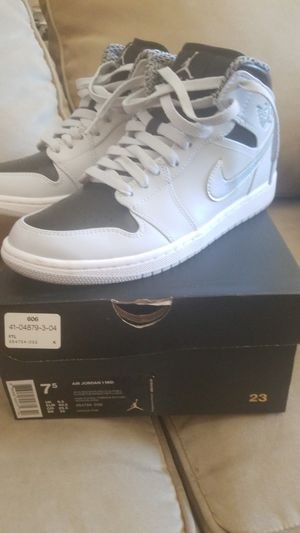 Men's air Jordan 1 mid. for Sale in Boston, MA
