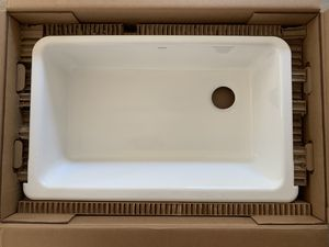 Photo Brand New In Box White Kohler Apron Front/ Farmhouse Sink