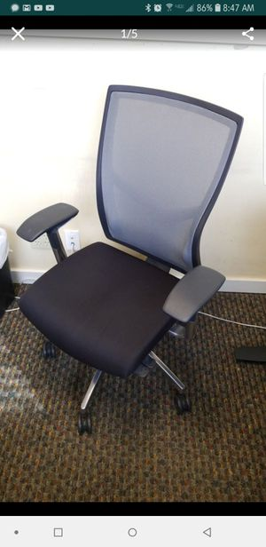 Marvelous New And Used Office Chairs For Sale In Burbank Ca Offerup Home Interior And Landscaping Ponolsignezvosmurscom