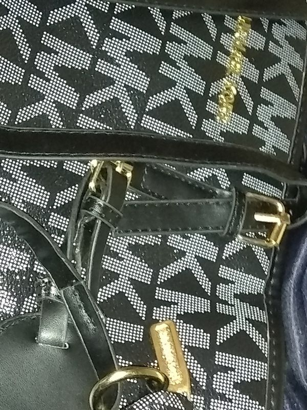 20a39f24e00c04 Michael Korhs shoulder bag, med clutch, and small clutch for Sale in  Glendale, AZ - OfferUp