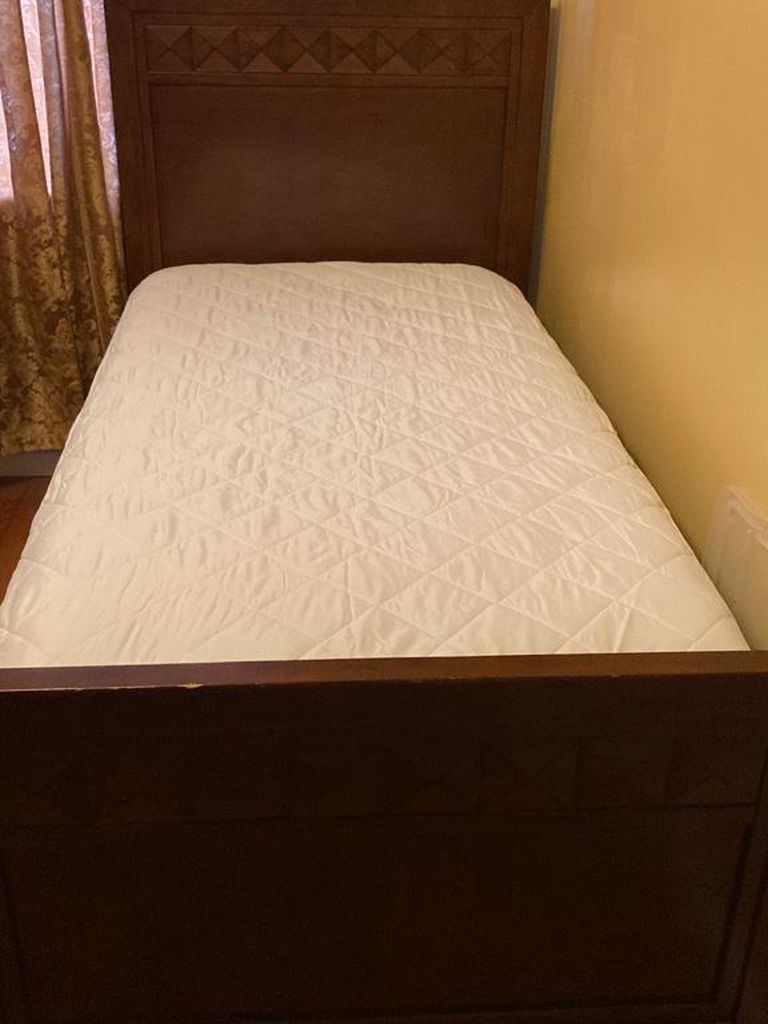 XL Twin Bed